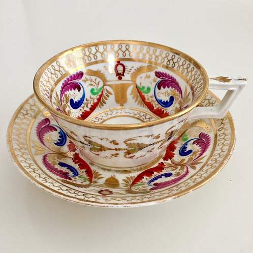 Teacup and saucer, Crown Derby 1800-1810