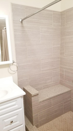 5717 Master Street - bathroom2