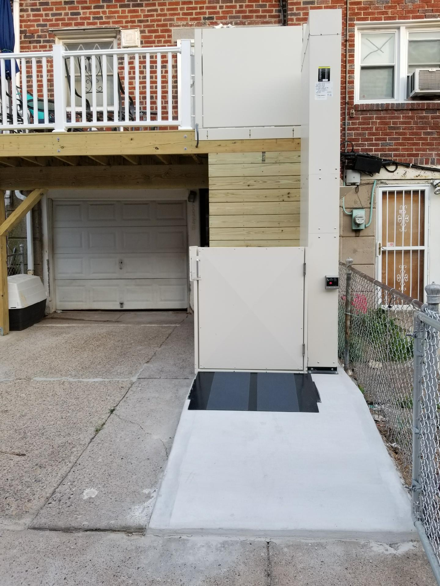6038 Tulip St - outdoor elev lift1