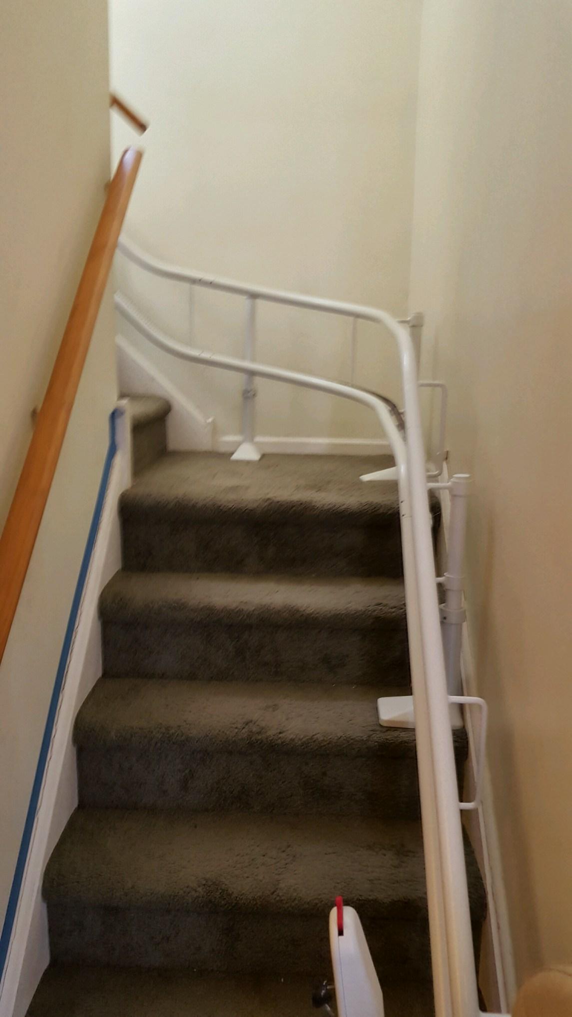 2308 Cross street - indoor lift curv