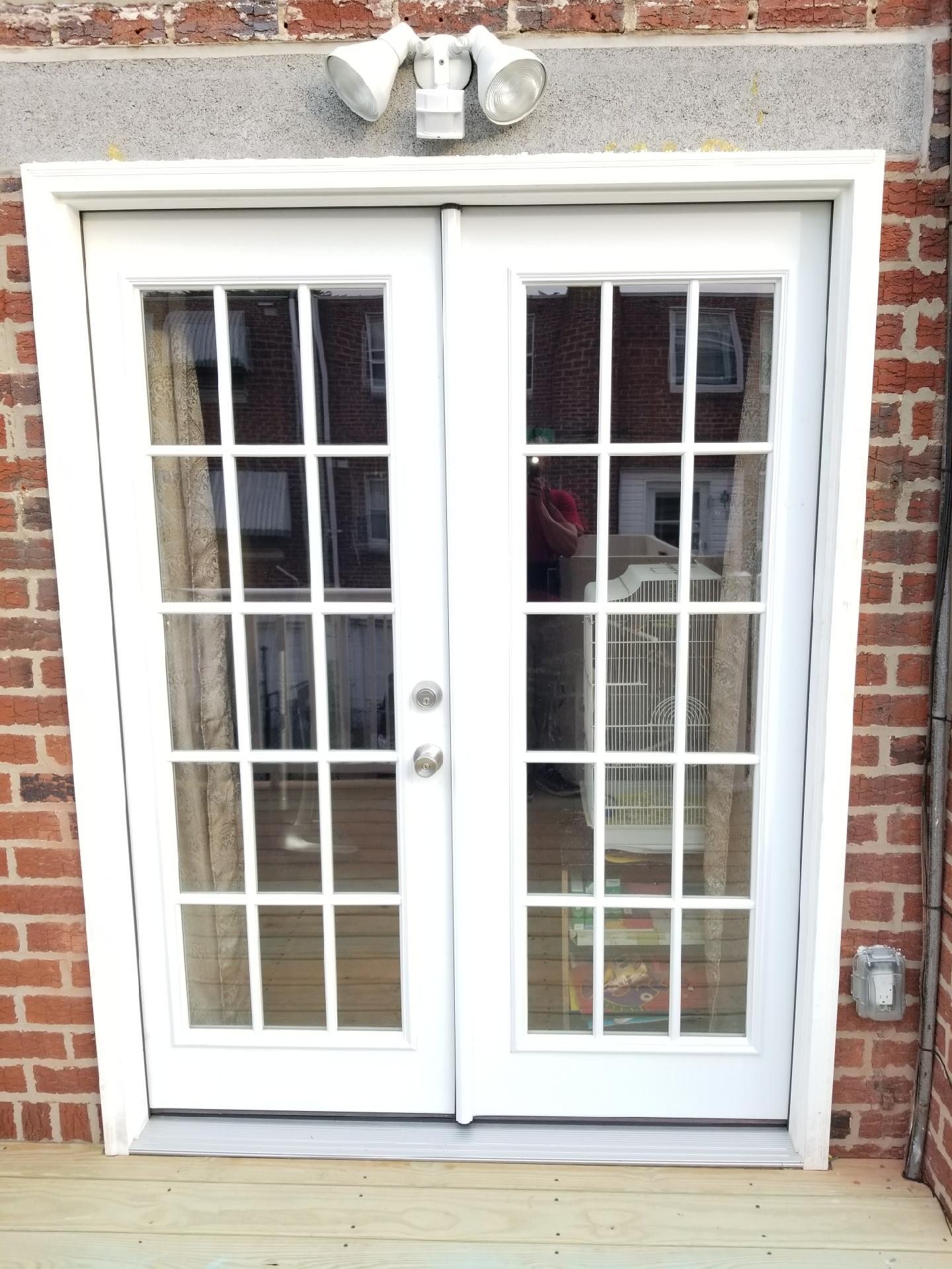 6038 Tulip Street - Patio doors