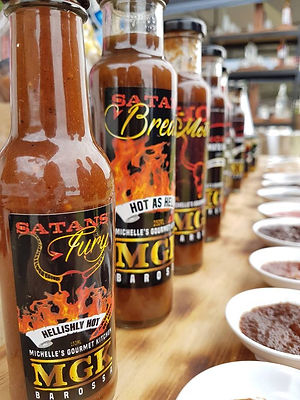 MGK Hot Chilli Sauce, Smoked Sauces, Meat Rubs, Gift Pack, Mustard