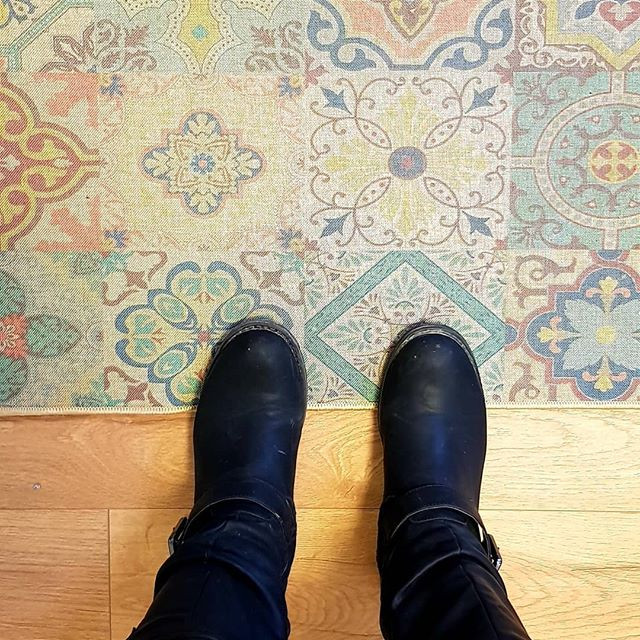 Love the combination of wooden floor and
