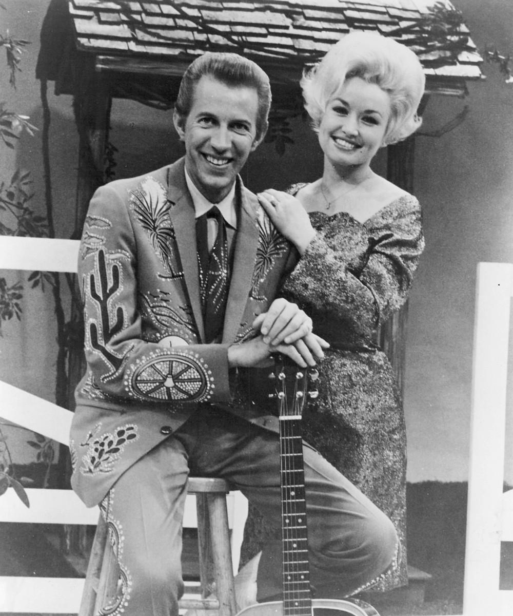 Dolly Parton & Porter Wagoner (Image via Wikipedia)