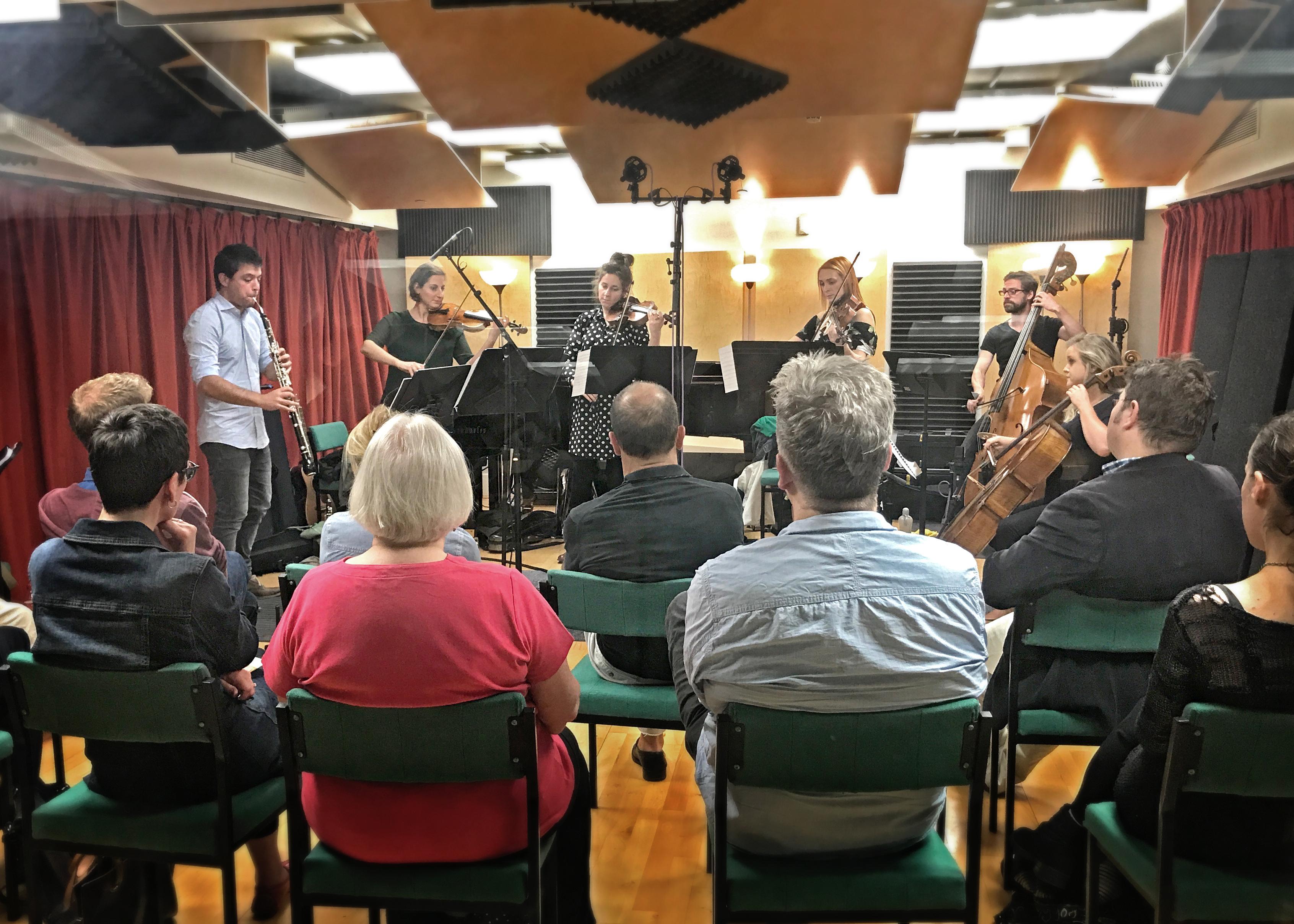 Concert in studio