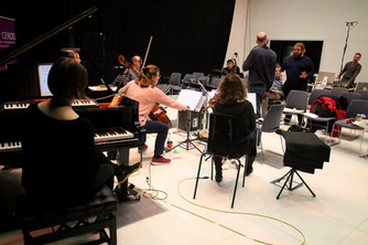 UPROAR rehearse David Roche's work