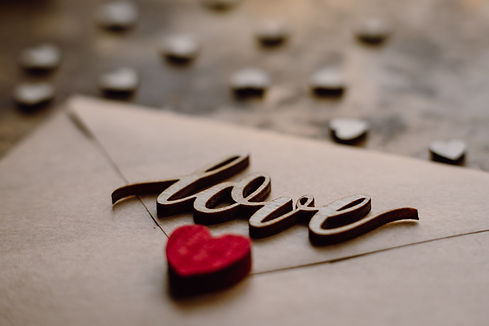 selective-focus-photo-of-love-letter-373