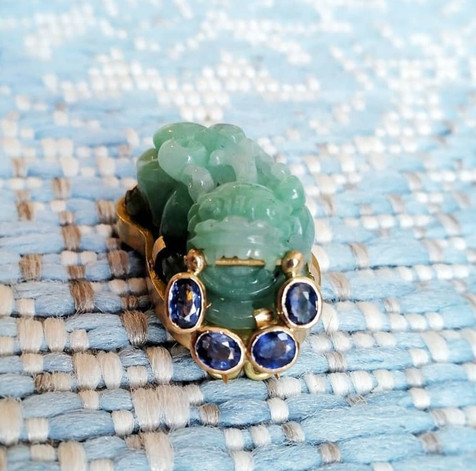 Jadeiet en saffieren broche - Jade and sapphire brooch