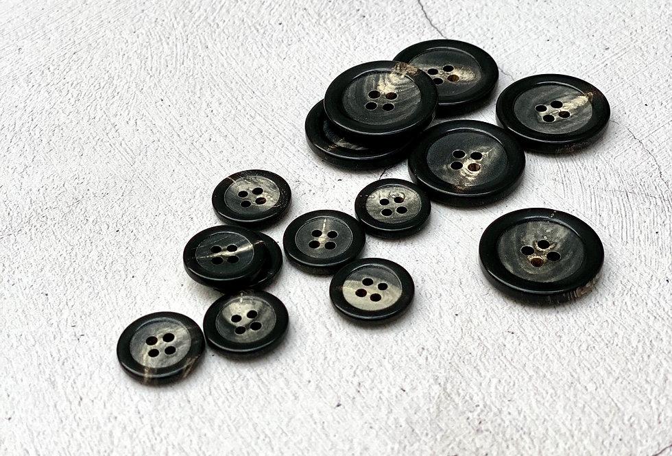 Natural Horn Buttons 15mm