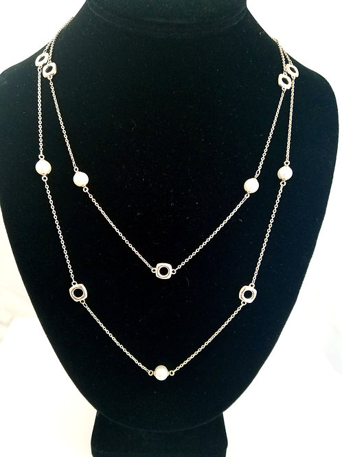 """TIFFANY & CO 43"""" PEARL CUSHION SQUARE NECKLACE"""