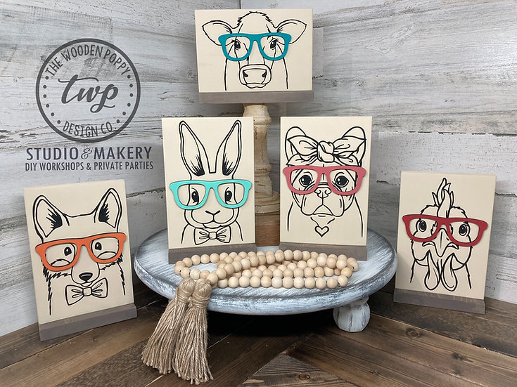 Animal With 3D Glasses Shelf Sitter Sign DIY Kit