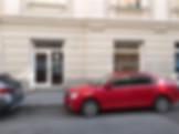 Wiener Zinshaus Erdgeschoss zwei Fenster und Eingang