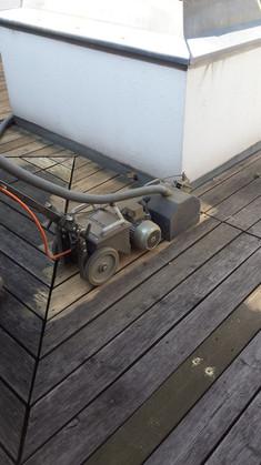 Terrassenboeden abschleifen