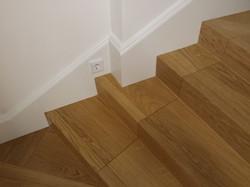 Stufen ausgelegt mit Parkett