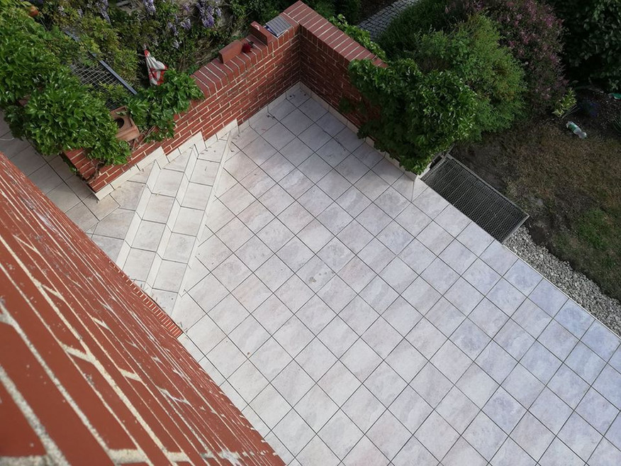Fliesen-Terrassenfliesen-Außenbereich-verlegen