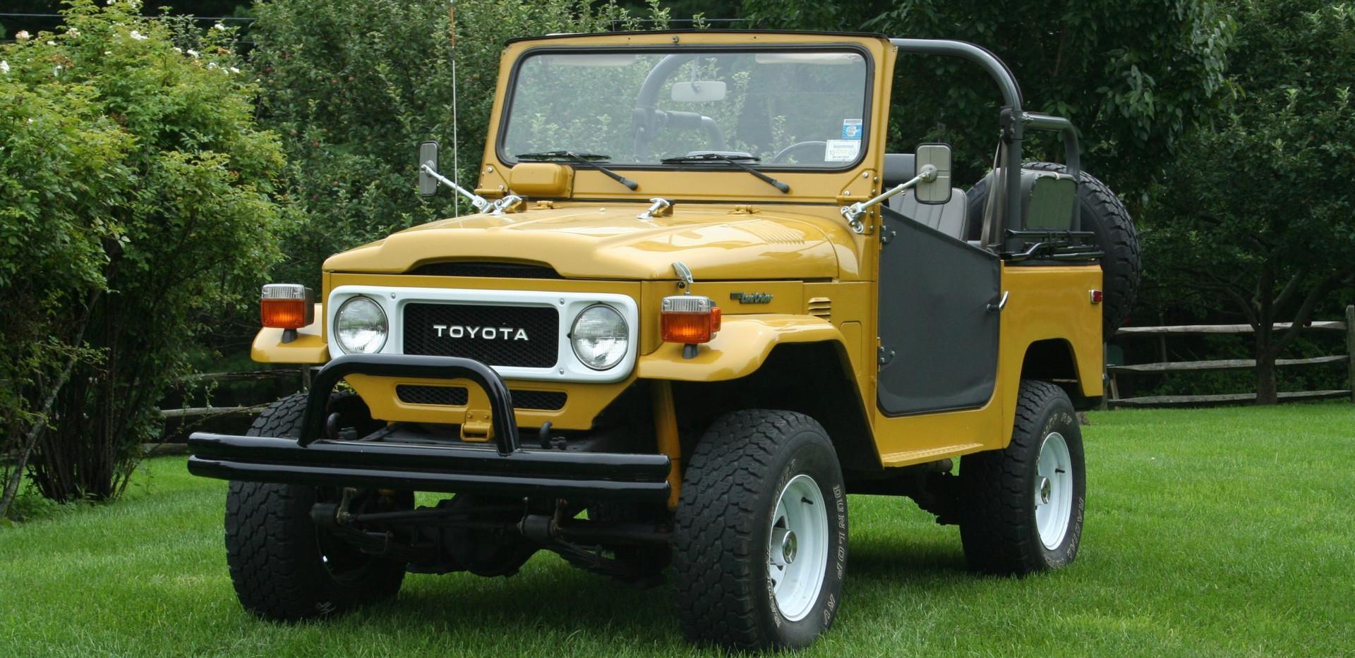 1982_toyota_land_cruiser_fj40_1594817388
