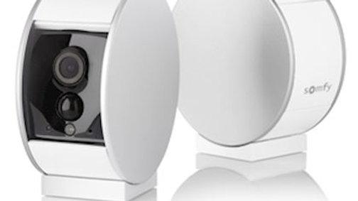 Caméra de surveillance intérieure connectée