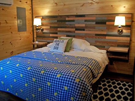 Cabin on the Ridge - Blue Moon 4