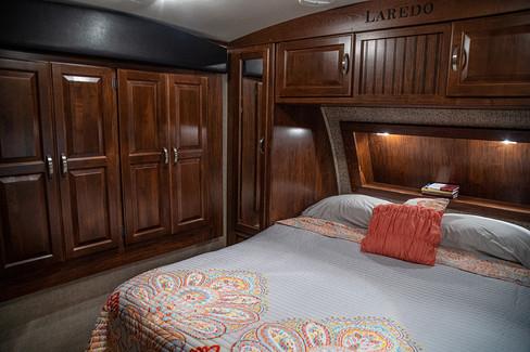 Cabin on the Ridge - Laredo 6