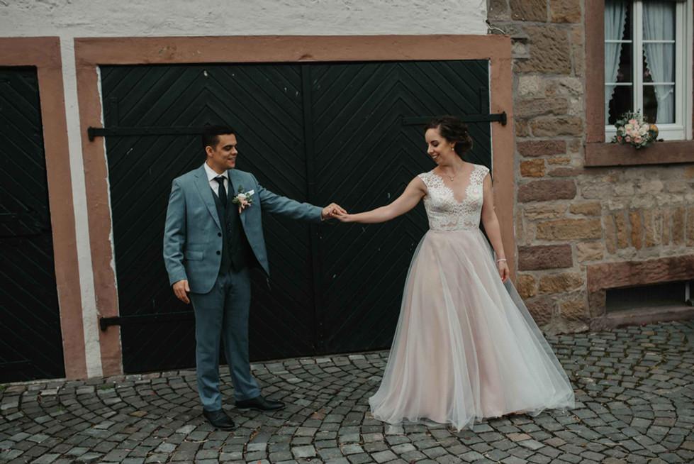 Brautpaarshooting.tanzen.jpg