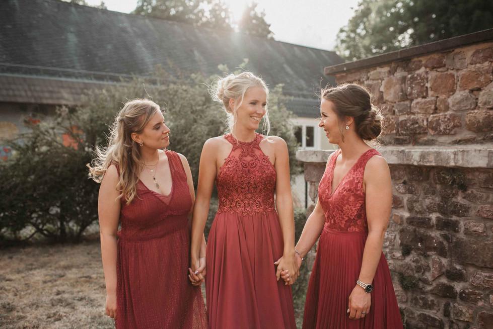 Hochzeit.SchlossKewenig.Bridesmaids.2..j