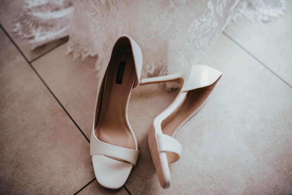 GettingReady.Brideshoes.jpg