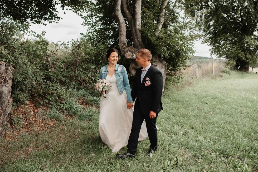 Vintagehochzeit.Brautpaarshooting.Feld.W