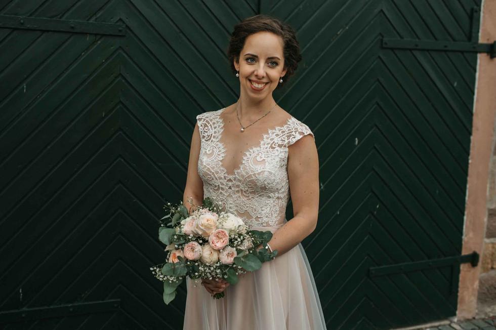 Bridalshoot.Braut.Flowers.jpg