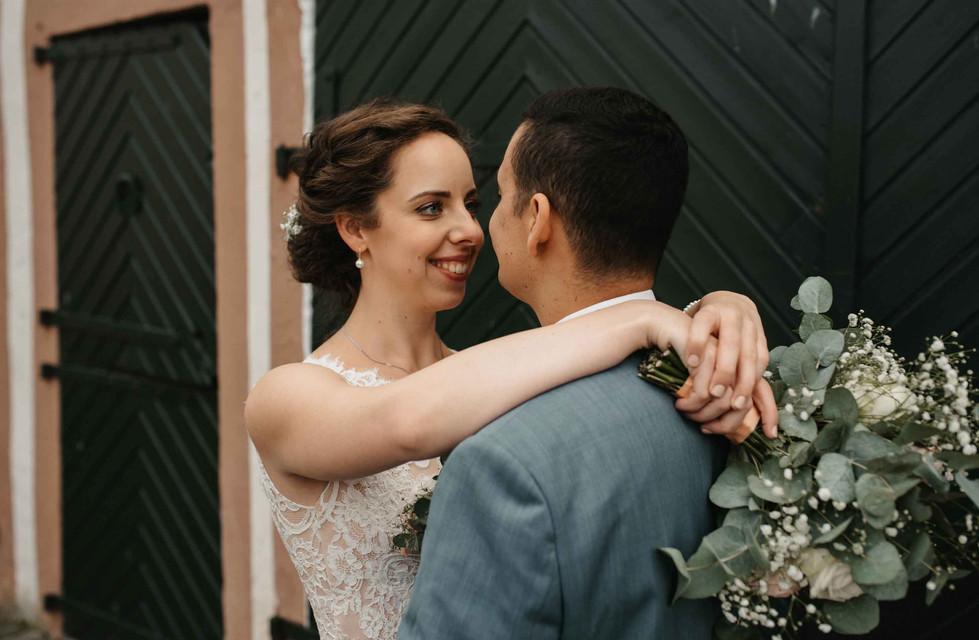 Brautpaarshooting.Brautstrauß.jpg