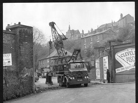 Demolition of Bridgnorth railway bridge