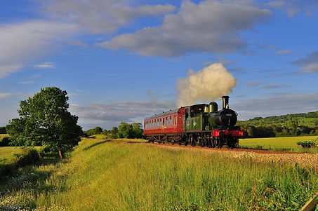 1450 at GWSR with Chaffinch Photo Martin