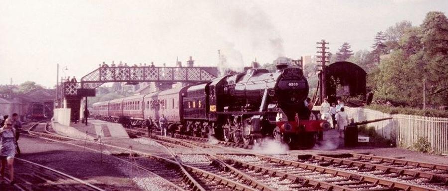 48773 (8233) at Bridgnorth on 24.05.70.