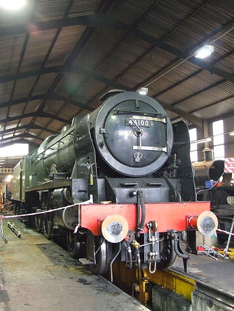 46100 Royal Scot undergoing repairs on B