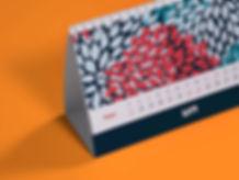 Настольный календарь с дизайнерскими блоками
