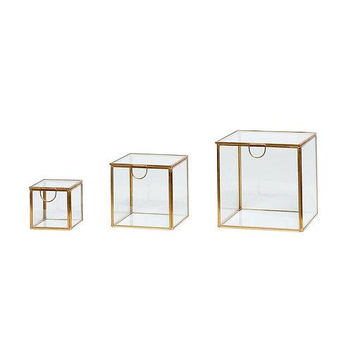 Stiklinės dėžutės, stiklinės, žalvarinės 3vnt.