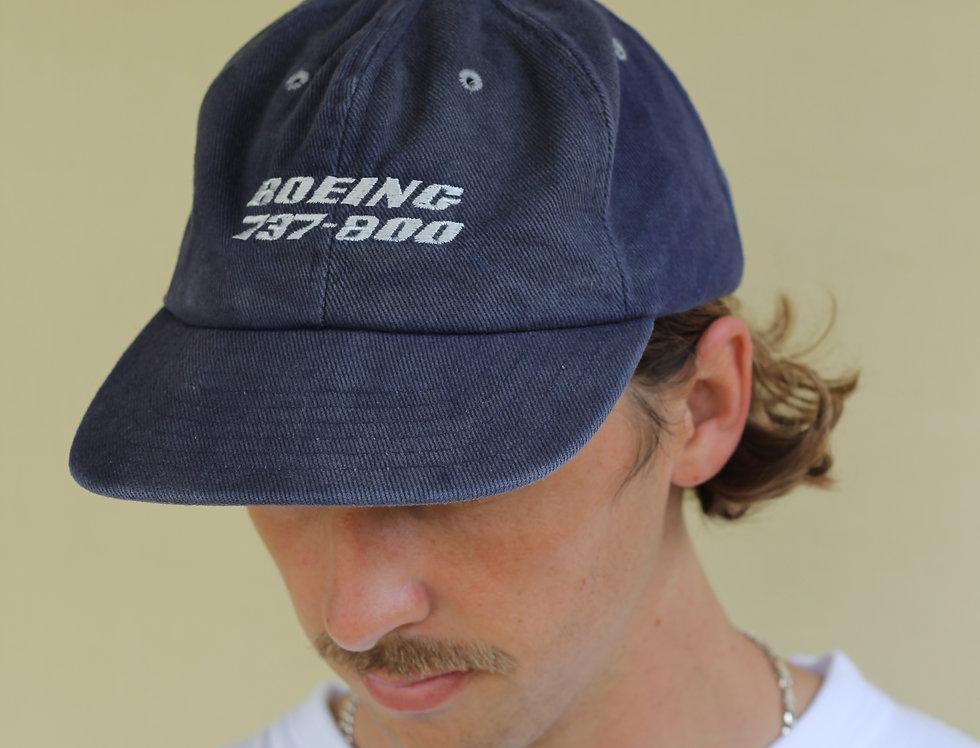 Boeing 737-800 hat
