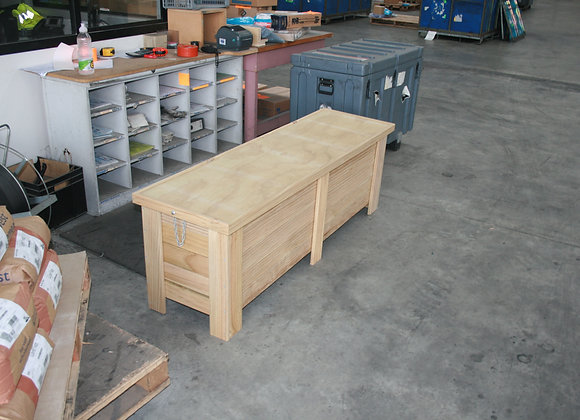 Tolaga Bay Chest