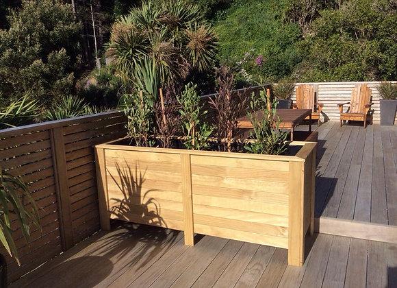 Deck Planter Screen