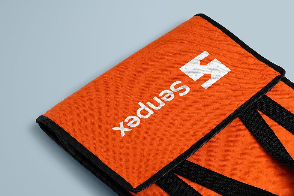 Senpex_delivery-bag_closeup.jpg