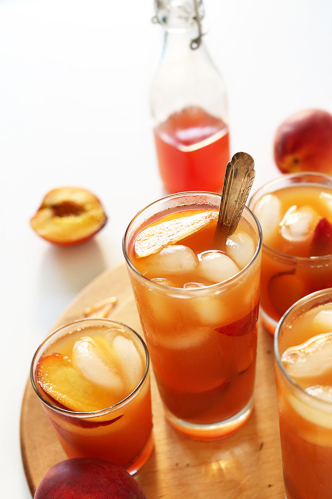 PERFECT-Peach-Iced-Tea.-So-easy-summery-and-perfect-for-sipping-by-the-pool.jpg