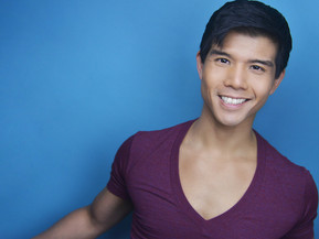 "EXCLUSIVE: TELLY LEUNG On His New Show ""Sing Happy"" At The Green Room 42"
