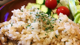 【SO@R de おうちごはん】レシピ⑬簡単混ぜるだけ!ちりめんアンチョビ炊き込みご飯
