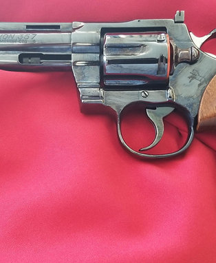 "Pre Owned Colt Python 6 "" Barrel in .357 Magnum w/ Box and Paperwork"