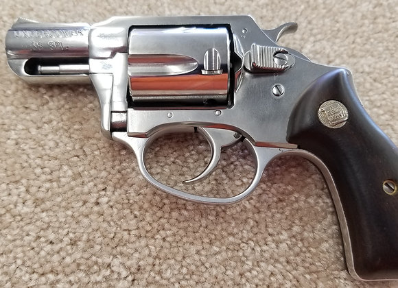 Charter Arms Undercover High Polished w/ Wooden Grips