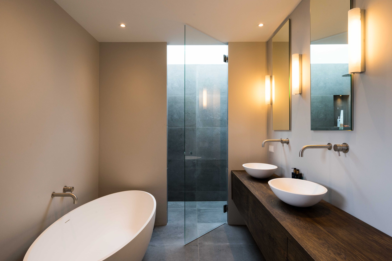 Gerenoveerde badkamer   Stone Company   Charlotte Kap Fotografie