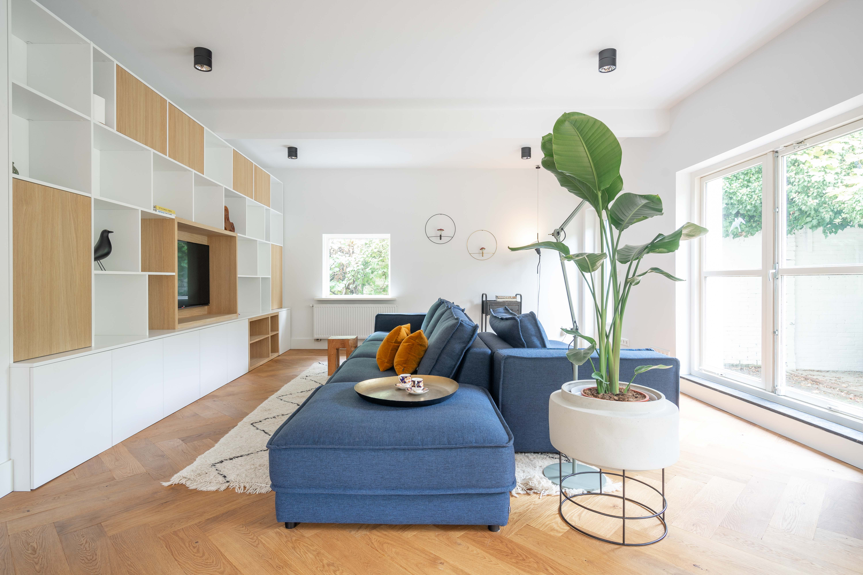 Ruime woonkamer   Interieurarchitect   Lew Interieur   Charlotte Kap Fotografie