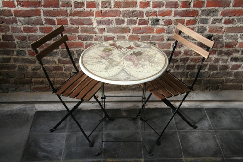 Table pliante le monde chaise retro desert tree intl for Table pliante