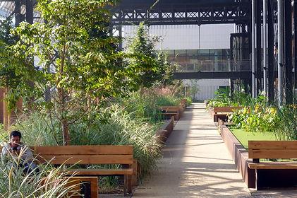 Réhabilitation de la Halle Pajol et création d'un jardin public (75)
