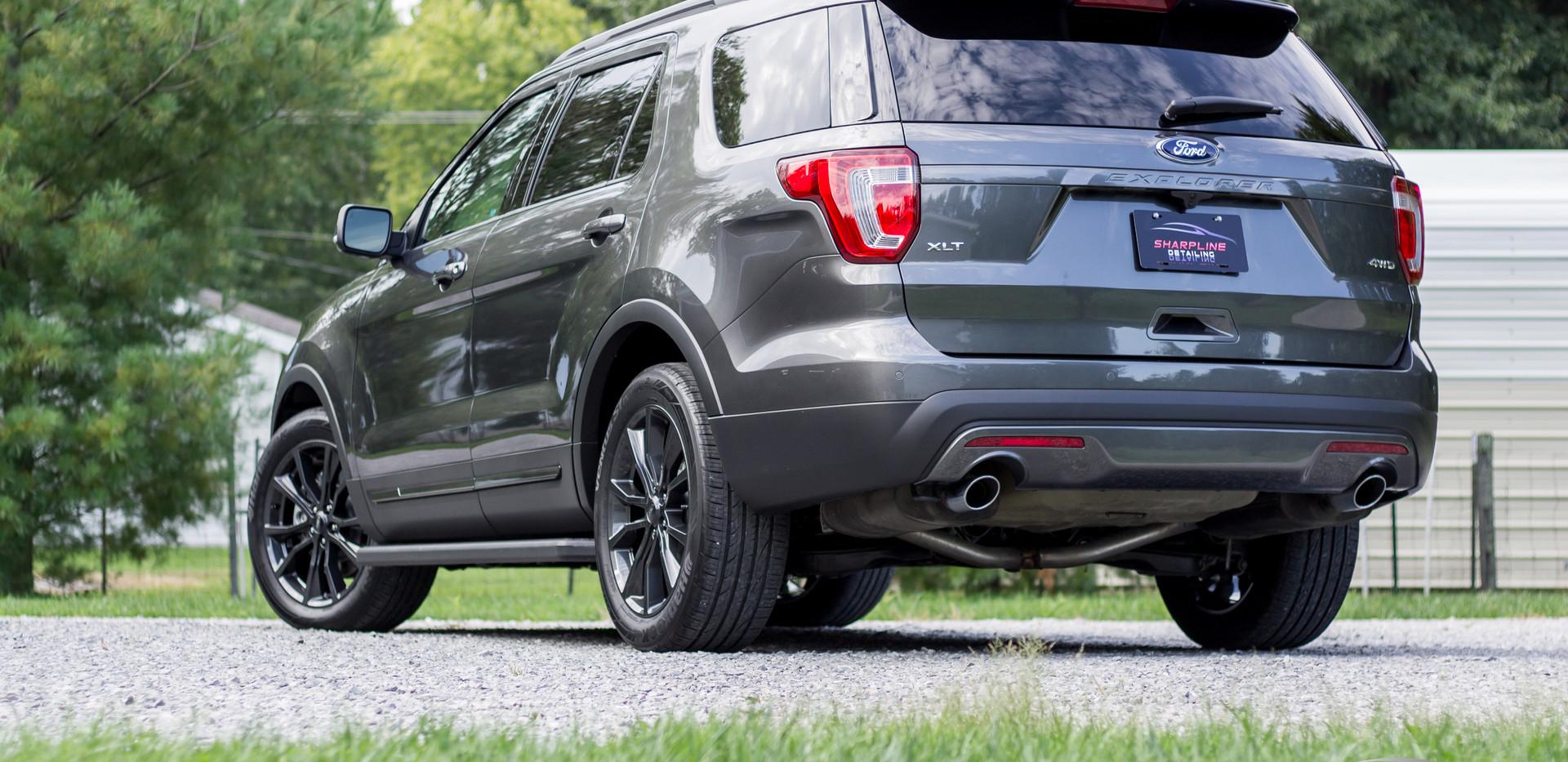 2017 Ford Explorer.jpg