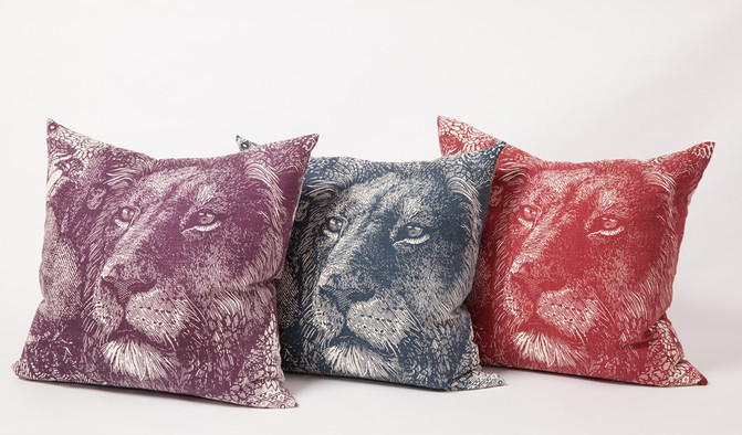 Money Animals Lion Head Cushions